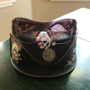 Ed Hardy sunglasses with original case